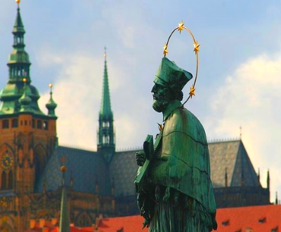 Nepomuk Karlsbrücke Prag