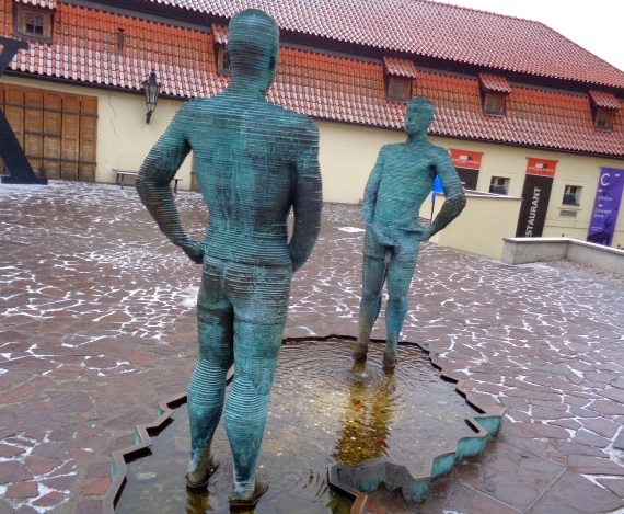 David Cerny: Pinkelnde Männer